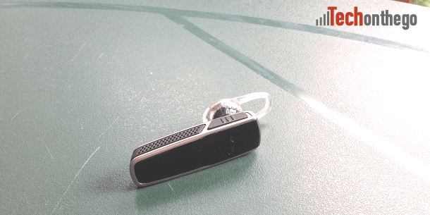 plantronics m55 bluetooth headset top and power switch