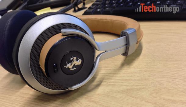 ferrari cavallino t350 headphones - active noise cancelling on off button