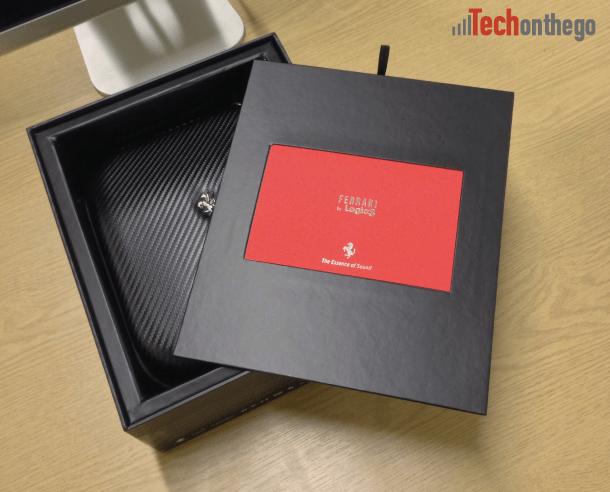 ferrari cavallino t350 headphones - inner box