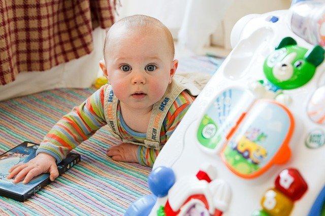 baby tech development parenting